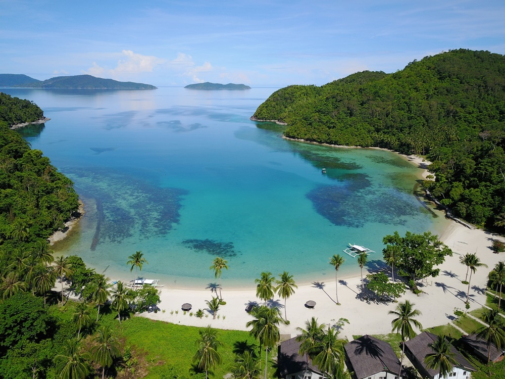 9 Resorts in the Philippines to Cure Your Festive Season Hangover