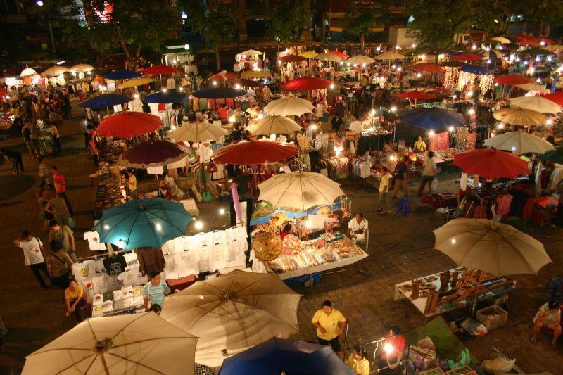 Chợ đêm Chiang Mai Chơi gì ở Chiang Mai