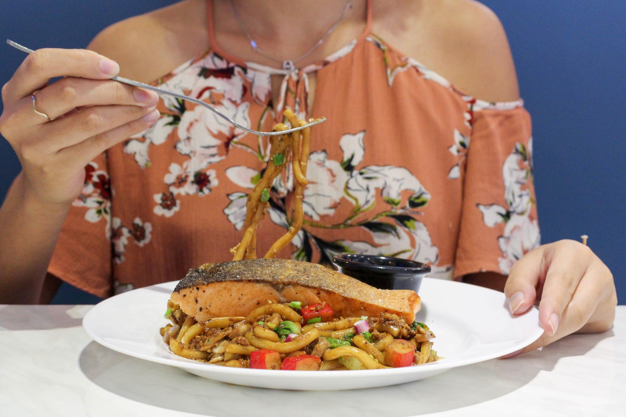 Teriyaki Salmon Udon at HyfeCafe