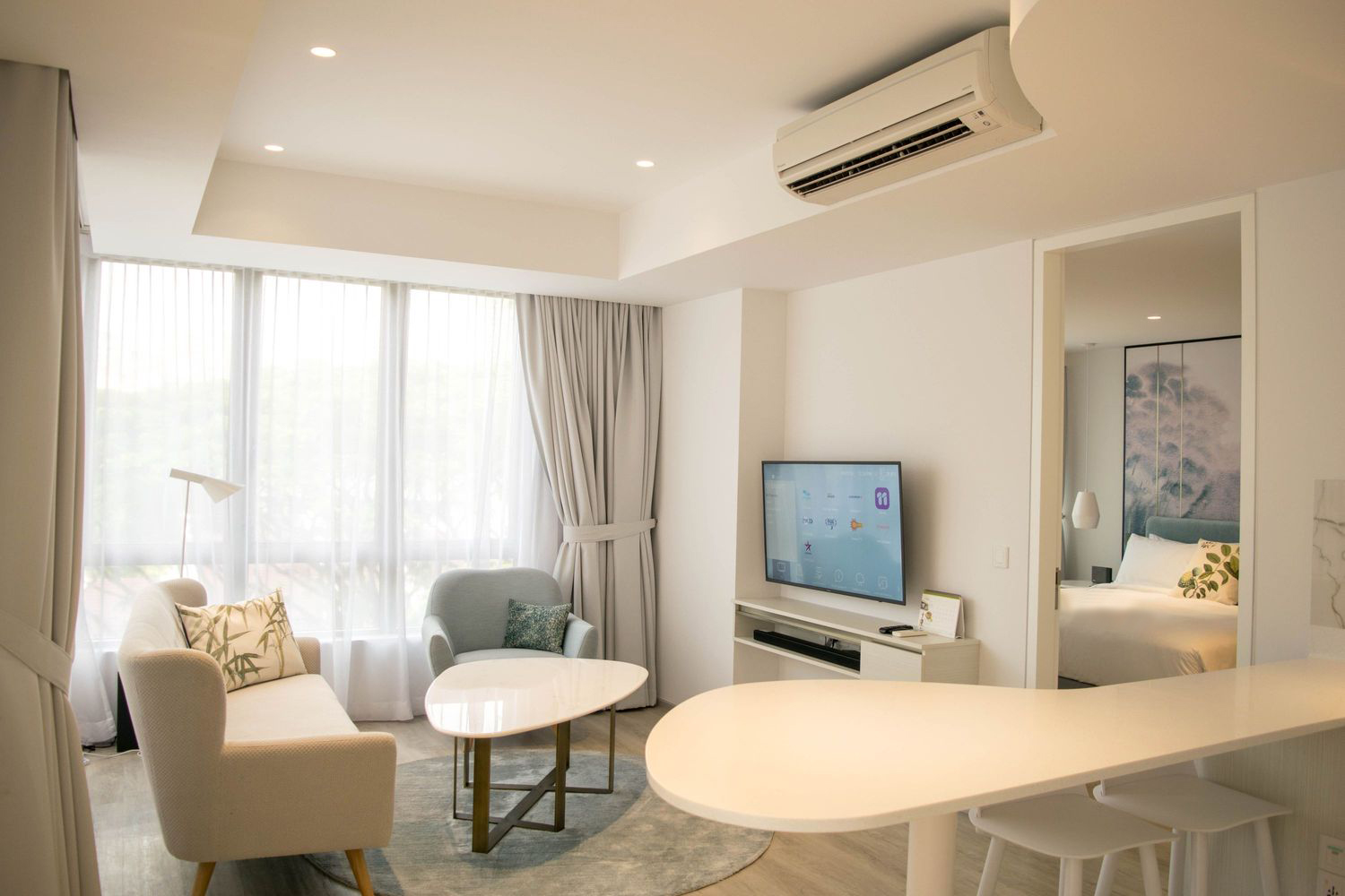 This Homey Serviced Suite in Singapore Could Even be Your Dream Home