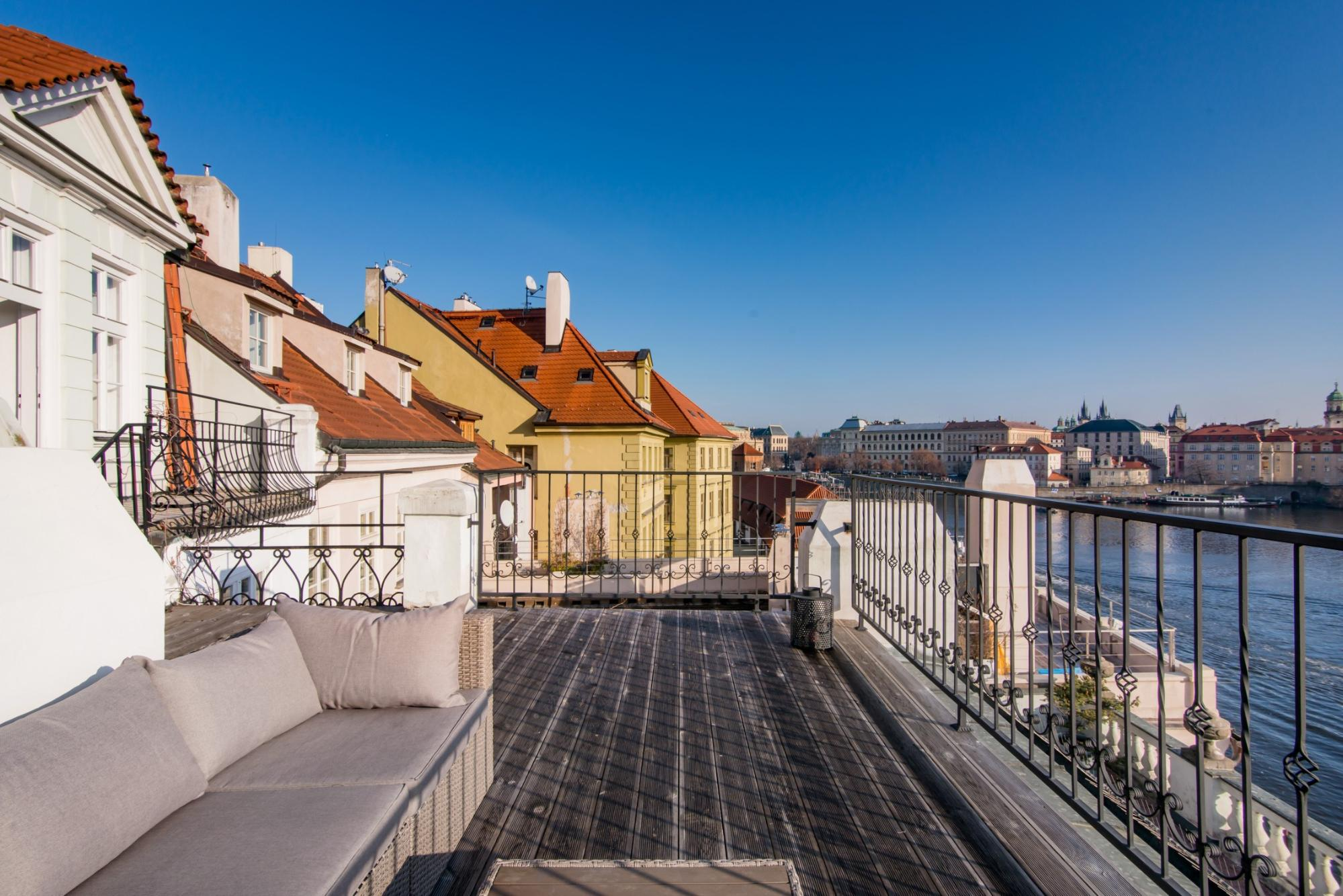 10 Airbnbs in Prague That Deserve Your Attention