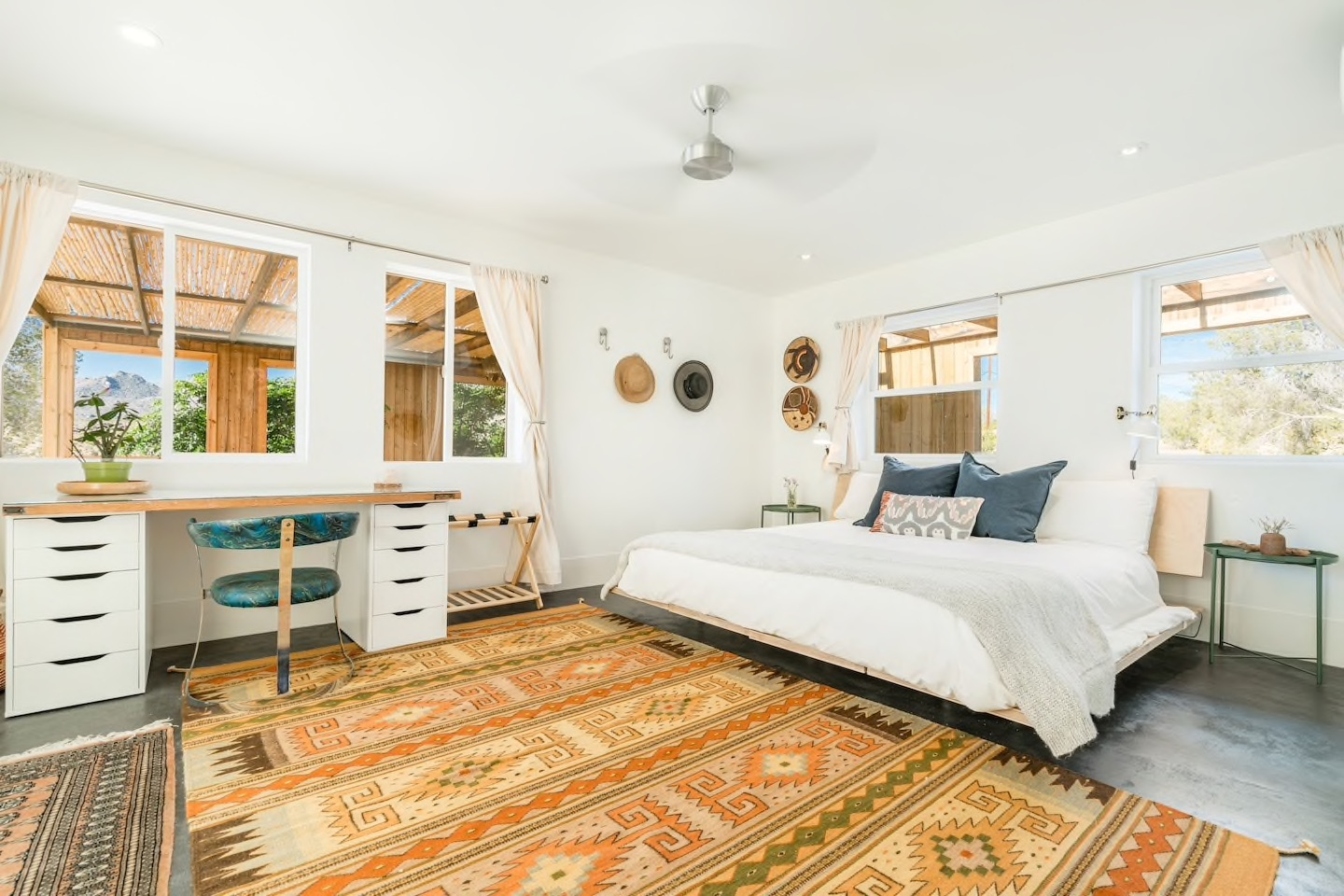 10 Airbnbs in Joshua Tree That Are Perfect for Group Vacations