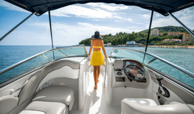 The Water Airbnbs: Are Boat and Yacht Rental Companies Worth It?