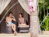 Enjoy 10% off Adventure Cove Waterpark Cabana Booking with HSBC