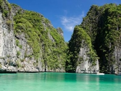 Phuket [Add-On]: $55 per pax for 1 Day Trip to Phi Phi Island, Maya Bay & Khai Island by Speedboat