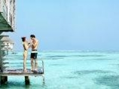 4D3N Maldives air package on Singapore Airlines from $2,098 per adult