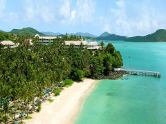 4D3N stay at 5-Star Cape Pawan Hotel (Junior Suite Stay) w/ Tiger Airways Flight, Transfers & More
