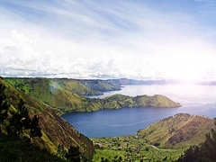 Medan: $388 per pax for 4D3N Lake Toba Tour Package with Meals, Return Flights & Airport Transfers!
