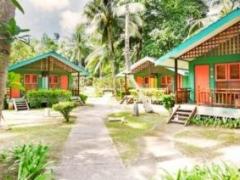 Bintan: Nirwana Beach Club Stay & 2 way Ferry