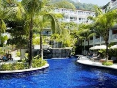 Phuket: Sunset Beach Resort with Flight