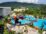 TripZilla Exclusive: 2D1N Batam Free & Easy at HARRIS Resort Waterfront