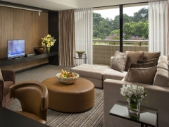 Suite Life Experience in Concorde Hotel Singapore