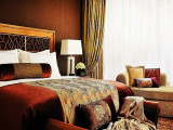 Weekend Bed And Breakfast Offer with 20% Savings in Four Seasons Hotel Singapore