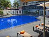 Relax, Soak, Unwind in Sheraton Towers Singapore with 15% Savings