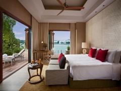 Stay at Resorts World™ Sentosa with Exclusive Rate s for Maybank Cardholders