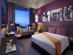 Resorts World Sentosa 3D2N Hotel & Multi-Attractions Package from S$678 with UOB Card