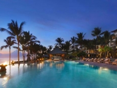 The Legian Signature: The Legian Bali invites you to lie back and relax!