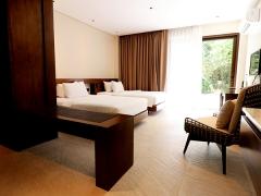 Perfect 10 at Amorita Resort