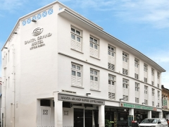 Get 12% Discount on Best Available Rate in Santa Grand Hotel Little India with DBS Card