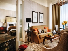 Suite Indulgence in Four Seasons Singapore with SGD 75 Hotel Credit per Night
