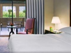 Maybank Cardholders Exclusive 15% off Bookings in Sheraton Towers Singapore