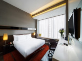 One Night Stay in the Studio Room with Breakfast in The Quincy Hotel with AMEX Card
