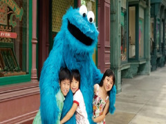 Maybank Exclusive: Universal Studios Singapore Child One-Day Ticket + SGD5 Universal Studios Singapore Retail Voucher at SGD56