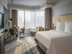Extend your Stay and Enjoy Up to 12% Savings in Four Seasons Hotel Singapore
