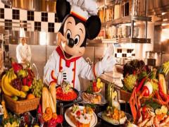 Room and Hotel Dinner Package in Hong Kong Disneyland