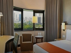 Stay Longer Pay Less and Enjoy more Privileges at Holiday Inn Express Singapore
