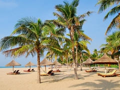Fly to Haikou and Beijing with Hainan Airlines
