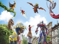 Buy Universal Christmas After 5pm Adult Admission + Two SGD8 Meal Voucher at SGD76