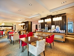 Best Available Rate (Room with Breakfast) in Impiana KLCC Hotel