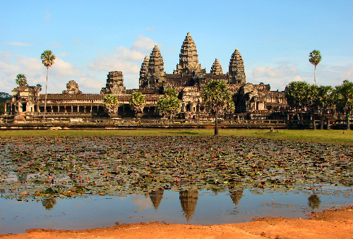 4D Cambodia Angkor Wat from CS Travel