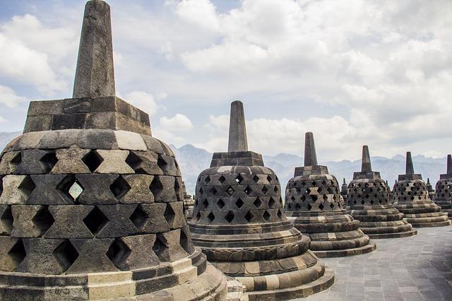 4d3n Dieng Plateau Borobudur Tour From Planet Travel