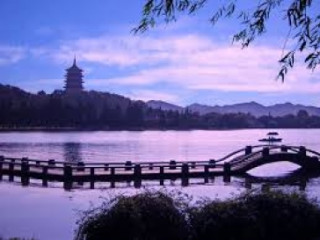 8 Days Shanghai + Thousand Island Lake Tour