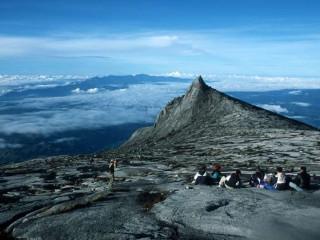 4D Mount Kinabalu Summit Climb