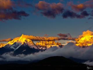 10D9N Jiuzhaigou + Mt. Emei + Hailuogou