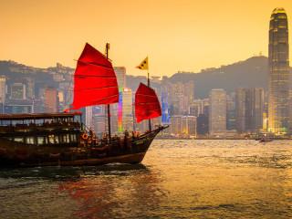 4D Hong Kong Family Treats (Buy 2 Free 2)