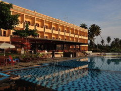 BINTAN AGRO BEACH RESORT HOTEL: 2D1N Stay in Superior Room with Breakfast, Return Ferry Transfer, Transportation