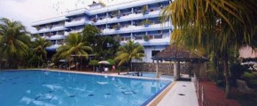 PELANGI HOTEL: 2D1N Stay in Deluxe Room with Breakfast, Return Ferry Transfer, Transportation