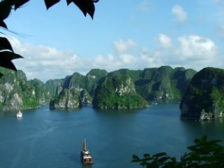 5 Days Hanoi & Halong Bay (With Overnight Cruise)