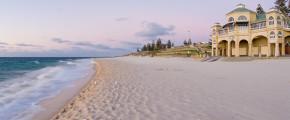 5D4N Perth, Freo & Pinnacles OR Winery Cruise