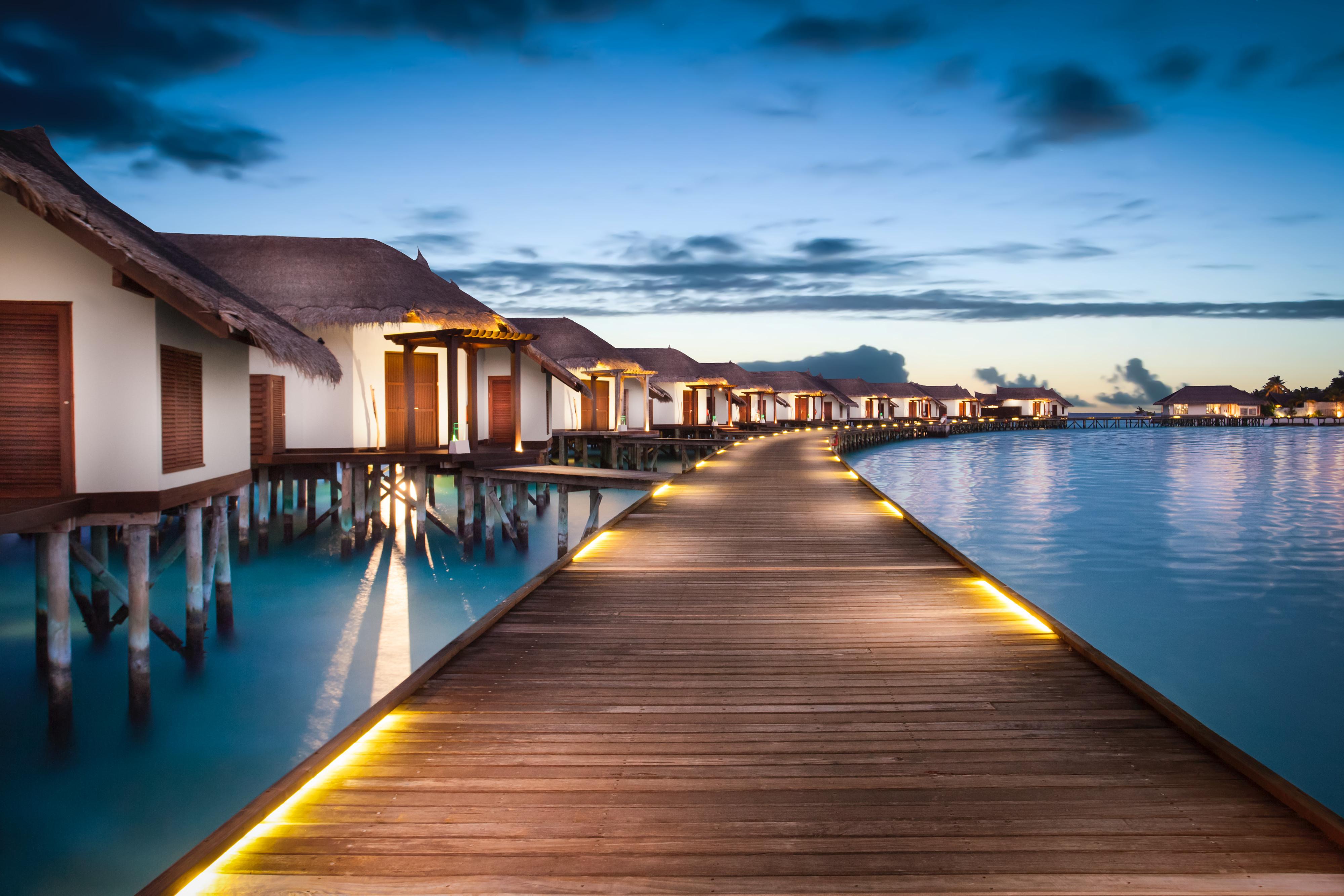 4D3N Maldives Land Only
