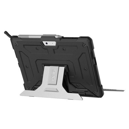 Op lung Microsoft Surface Go UAG Metropolis 06 bengovn1