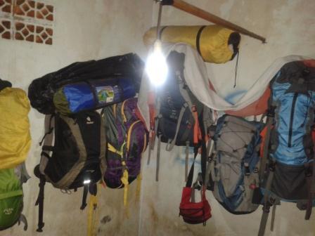 Tas Cariel Camping | PluitFam Venture - Sewa menyewa jadi lebih mudah di Spotsewa