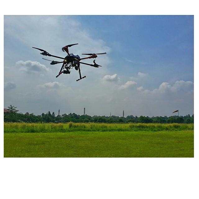 Drones DJI S1000  + Zenmuse Z15 HDSLR Sony A7S/A7R | Kamera Udara