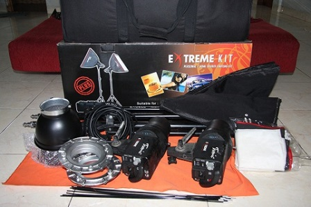 Lighting Tronic Extreme Kit Plus | Studio Lighting Tronic - Sewa menyewa jadi lebih mudah di Spotsewa