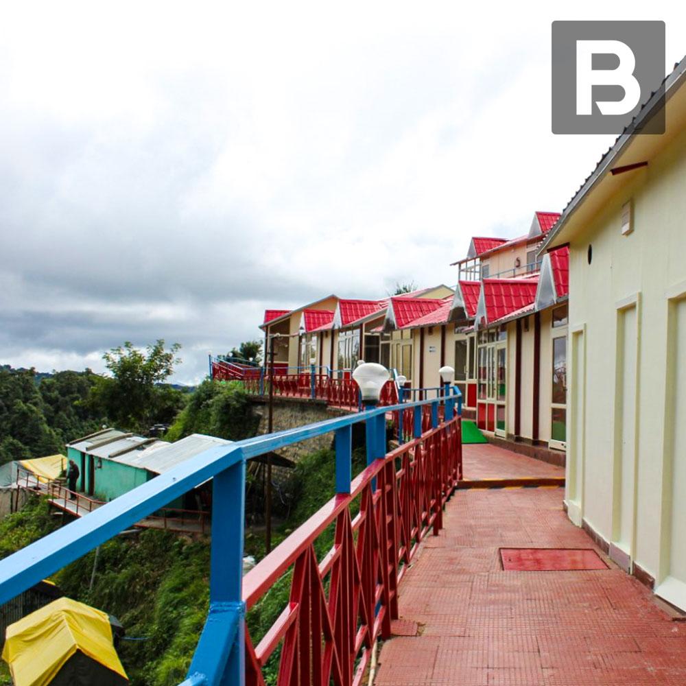 Beyond Stay Kastura, Kanatal