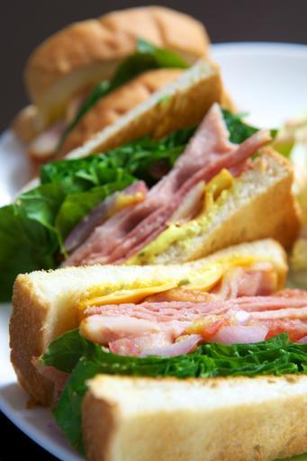 芥末培根起士三明治